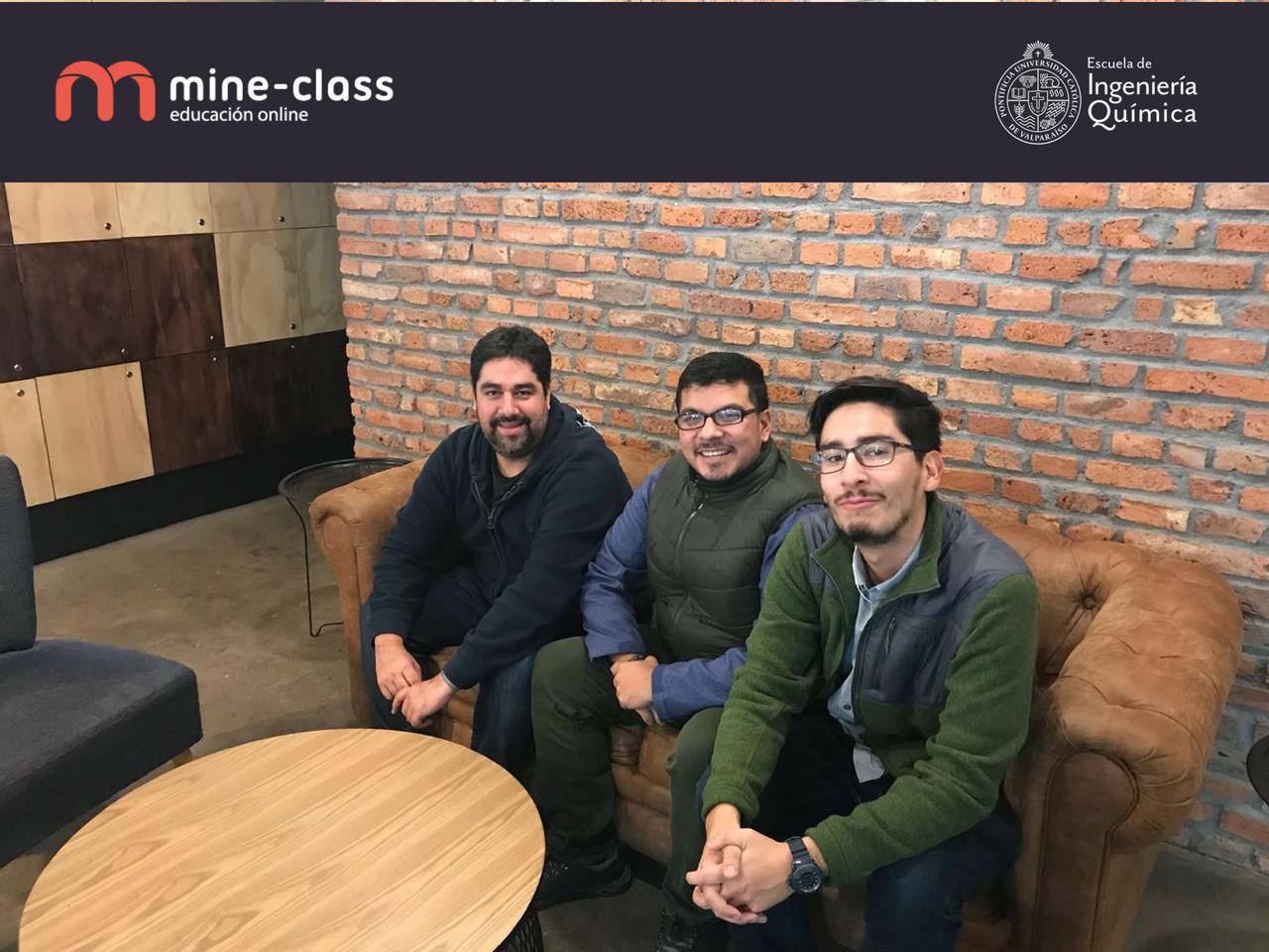 La Escuela de Ingeniería Quimica de la PUCV y Mine-Class.com firman convenio de colaboración